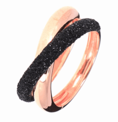 Closeup photo of Thin Crossover Polvere Ring - Rose Gold Black Polvere