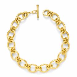 Closeup photo of Catalina Large Link Necklace