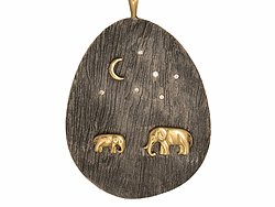 Closeup photo of Silver Mama And Baby Tsavo Nights Pendant