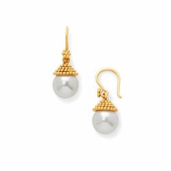 Closeup photo of Florentine Demi Pearl Earring Gold Pearl