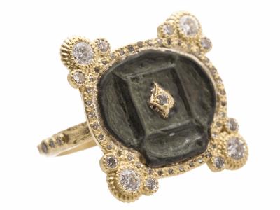 18k Yellow Gold Ring - 13716