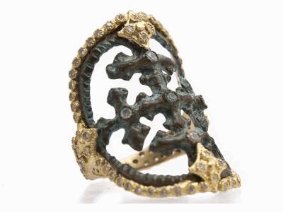 18k Yellow Gold Ring - 9661