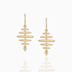 Closeup photo of 18K Honeycomb Earrings