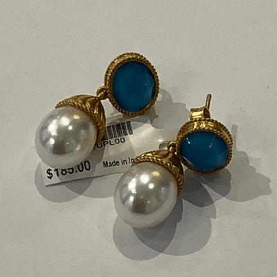 Olympia pearl earring gold
